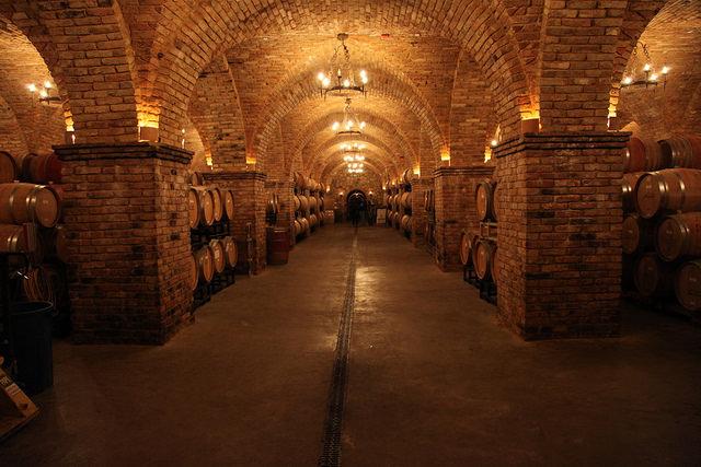 napa wine tasting rooms