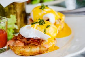 Enjoy Eggs Benadict and Brunch in Napa